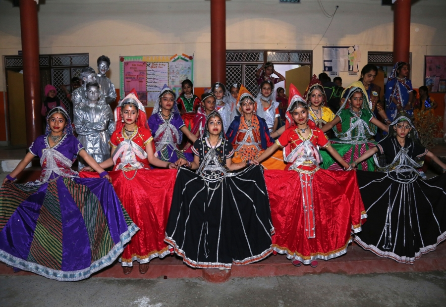 dance performance by students